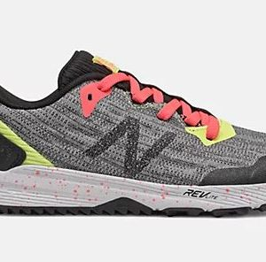 NB FuelCore NITREL Girls is trail technology with modern style, the FuelCore NITREL is designed for kids brave enough to wander off the beaten path. Rolleston Selwyn