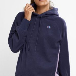 CHAMPION ROCH POLAR HOODIE WMS In a relaxed fit with side pockets for stashing your essentials, whip it out and warm up when the temp drops. Rolleston Selwyn